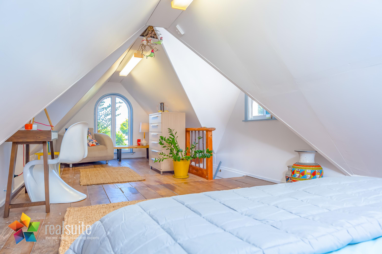 Realsuite Bedrooms (69)