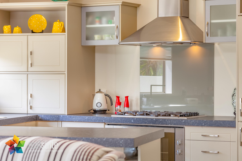 Realsuite Kitchens (47)