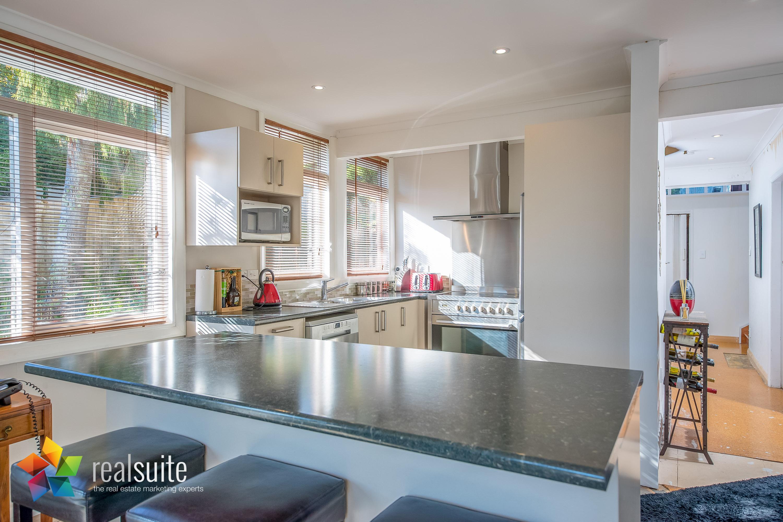 Realsuite Kitchens (106)