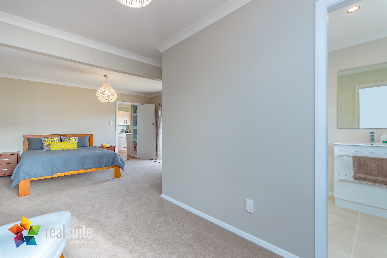 Realsuite Bedrooms (33)