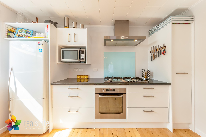 Realsuite Kitchens (19)