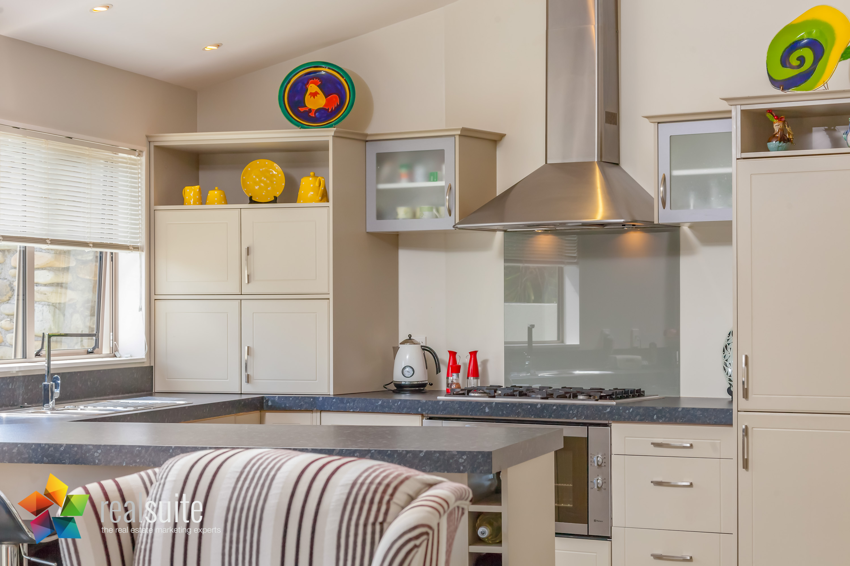 Realsuite Kitchens (48)