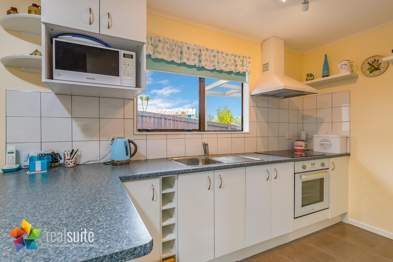 Realsuite Kitchens (134)