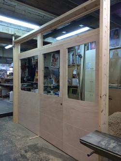 construcció porta principal
