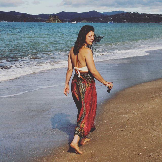 Doing #beachwalks in style with #sumasum