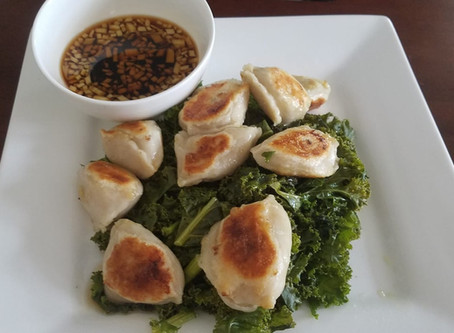 How to Make Chinese Dumplings for Steaming, Boiling & Frying