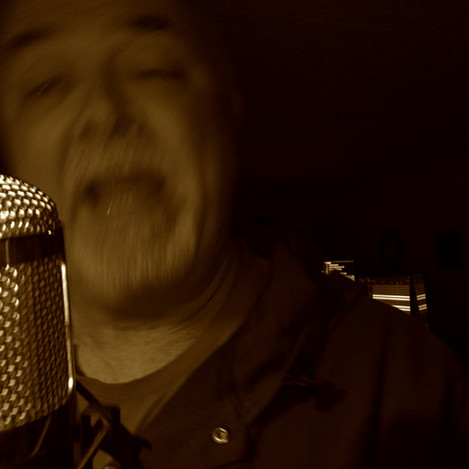 Singing w:condenser mic3.jpg