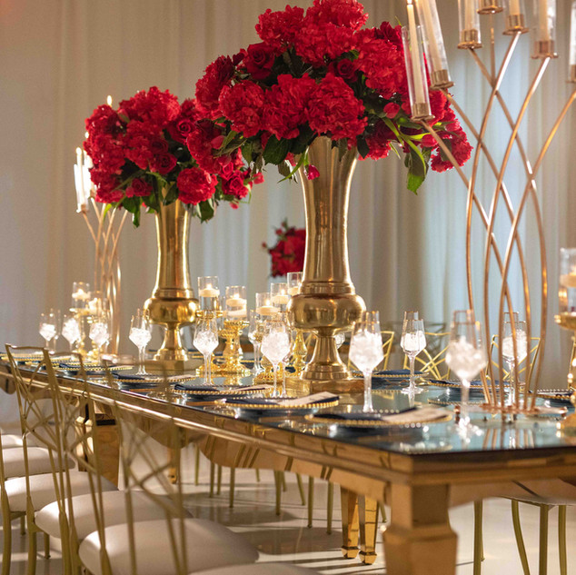 Your Signature Hall Wedding Decoration