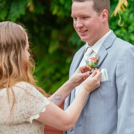 Lake Wilderness Lodge | Maple Valley | Wedding Flowers | Seattles Best Wedding Photographer |