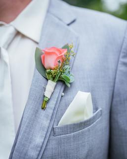Lake Wilderness Lodge | Maple Valley | Boutineer | Wrench Wedding DIY | Seattles Best Wedding Photographer