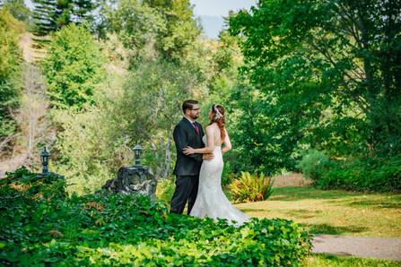 Mendocino County California Wedding | Redwood Wooded Wedding | Pronovia Bridal | Lace Wedding Dress | Destination Wedding Photographers | Seattle Wedding Photographers | Benbow Inn | First Look