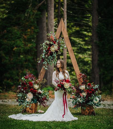 Seattles Best Wedding Photographer   PNW Wedding   PNW Bride   Seattle Bride   Tacoma Wedding Venue   Trendy Bride   Chic Bride   Bellevue Wedding Venues   Wedding Arch