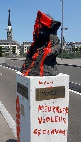 christophe-colomb-statue-degradation-rou