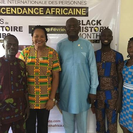 Georges Bada, Maire d'Abomey Calavi visite l'ONG Africa Mondo Bénin