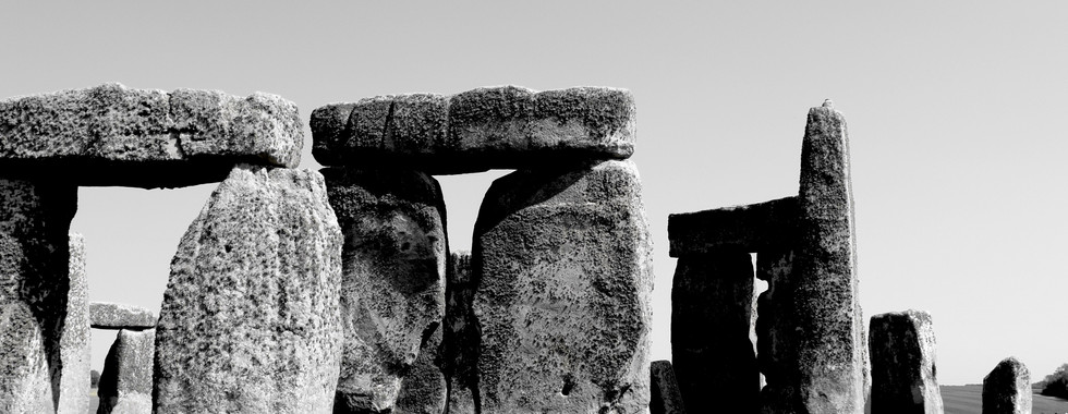 Stonehenge. Ouassimagik.com.JPG