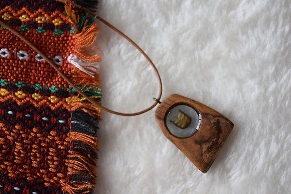 Oak Wooden Necklace I Bijou en bois & fleur