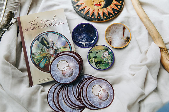 BOX Oracle + BOOK : Middle Earth Medicine