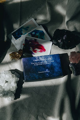The Cosmic Laws Oracle deck I Oracle des Lois Cosmiques