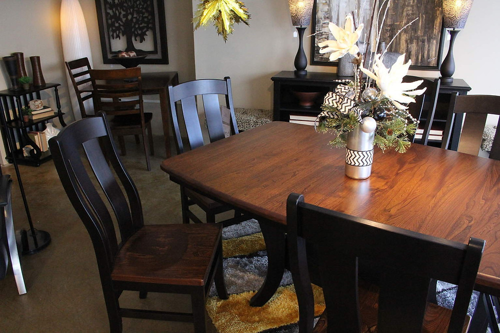 Amish Table Set at TriCity Furniture