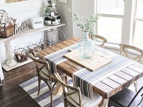 Farmhouse Dining Room Table Decor