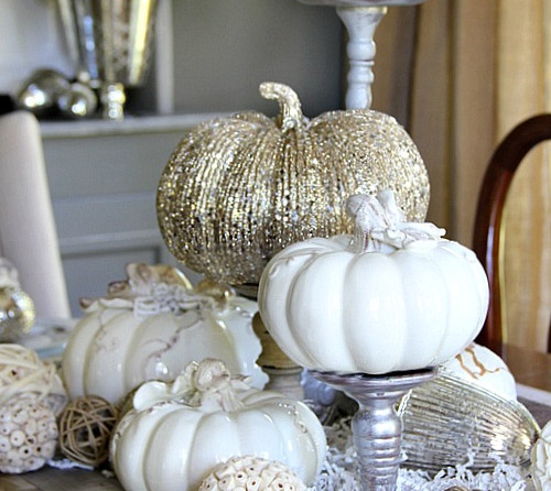 White and Silver Table Decorations