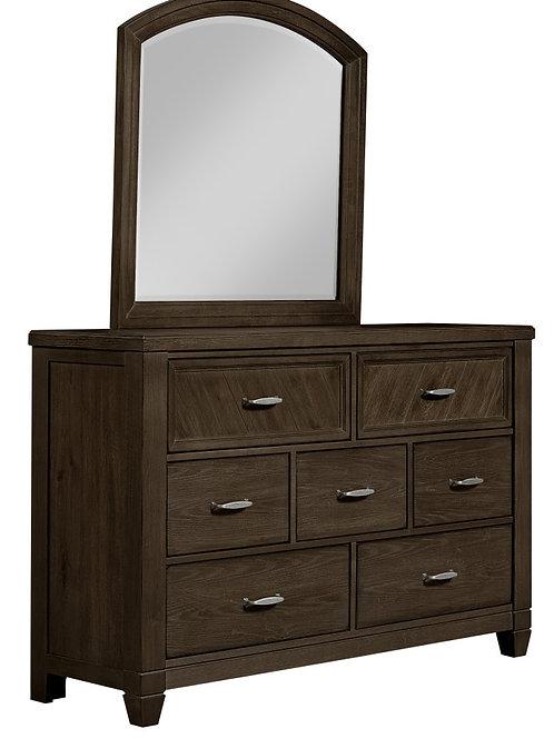 Rustic Cottage 7-Drawer Dresser