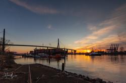 Sonnenuntergang,  Köhlbrandbrücke