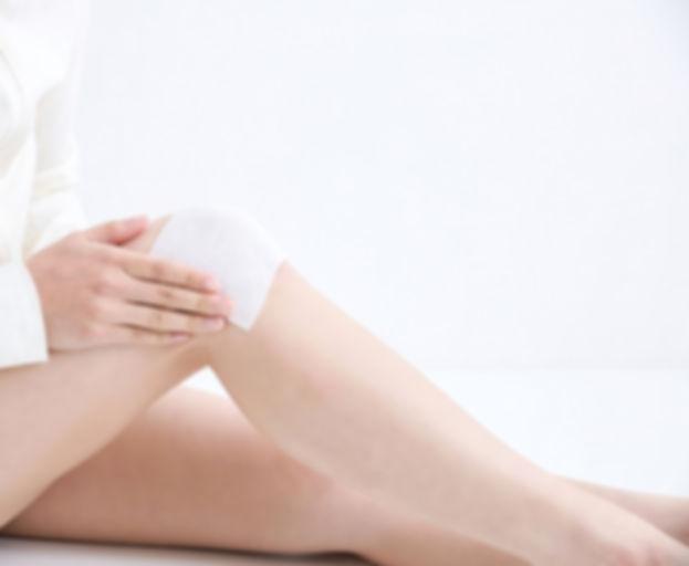 膝痛 女性1.jpg