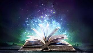 books-creative-teams-906x518.jpg