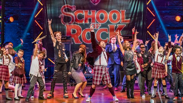 school-of-rock-at-new-london-theatre_the-cast-of-school-of-rock-with-gary-trainor-image-tristram-ken