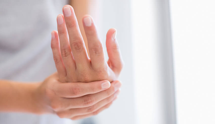 Eminence Organic Hydrating Manicure
