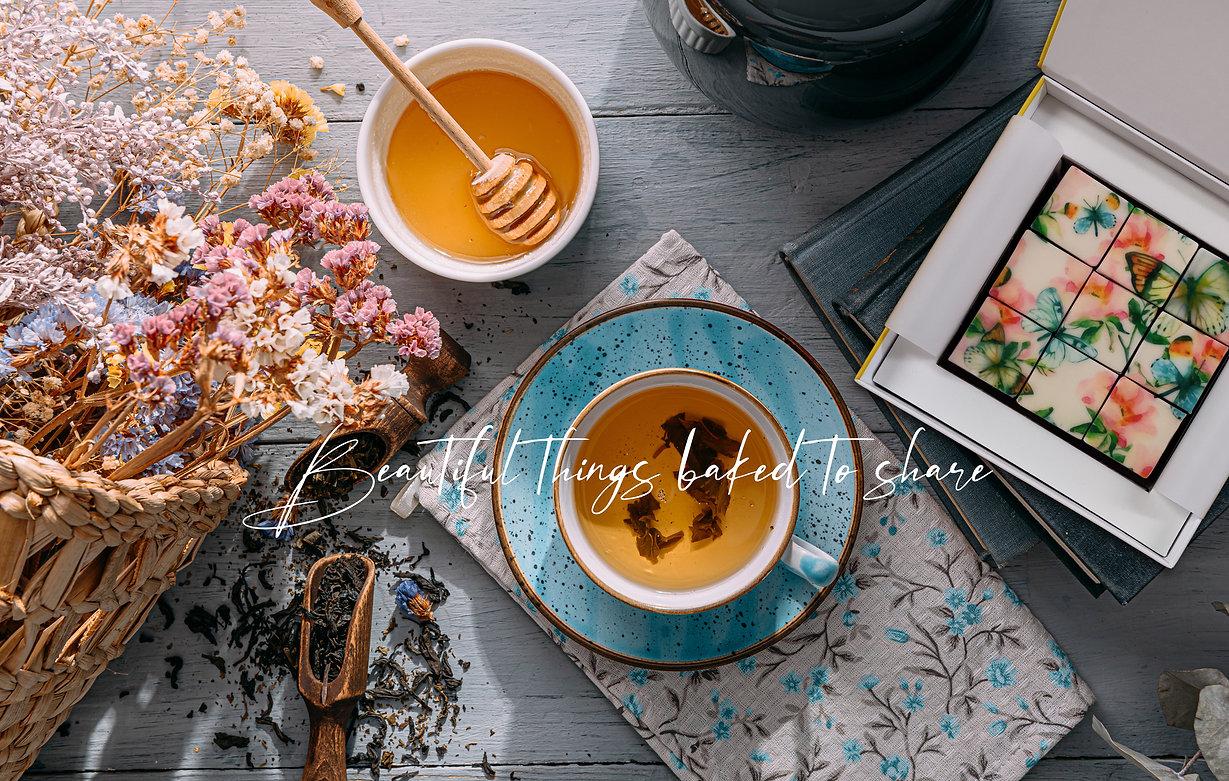 Biscuit Boutique Background Gift.jpg