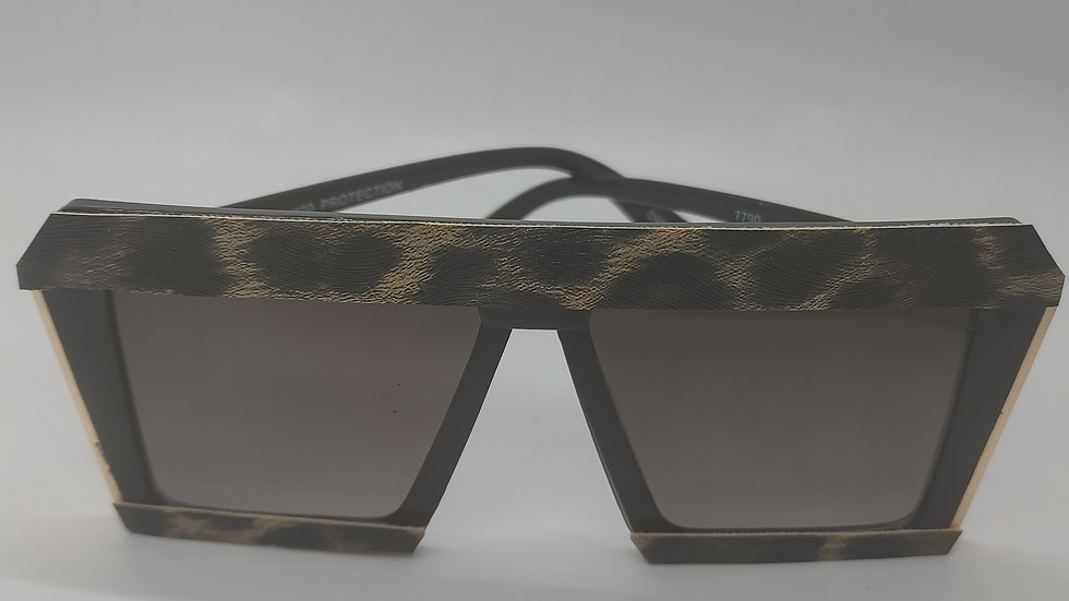 Animal print leather sunglasses