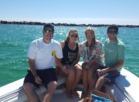 Beautiful day with 4happy clients looking for dolphins