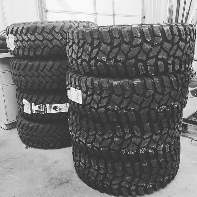 A couple sets of 40s! Coopers vs nittos!