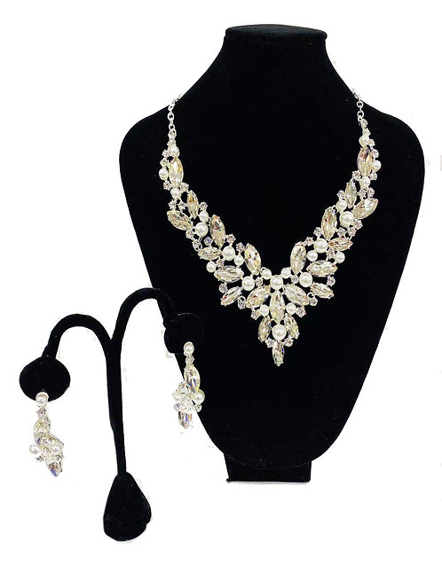 Necklace Set W/ Earrings Silver Crystal No#43