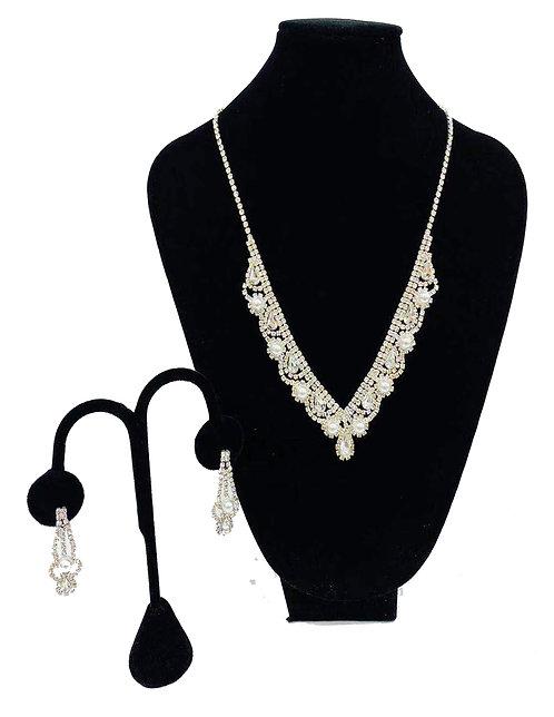 Necklace Set W/ Earrings Silver Rhinestones No#41