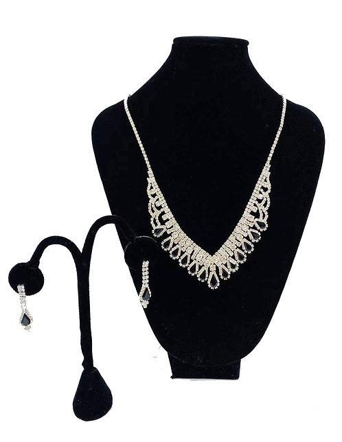 Necklace Set W/ Earrings Silver Crystal Rhinestones No#66