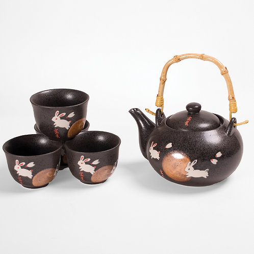 22oz Tea Set W/Stain - Resistant Strainer & Bamboo Handle - Moon Rabbit