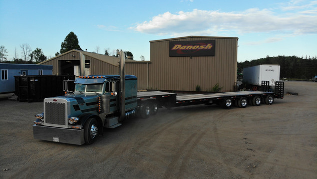 53' 4 Axle Step Deck Trailer (13' Step, 40' Well)