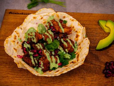 Knusprige Hähnchen Tacos mit Avocado Ranch