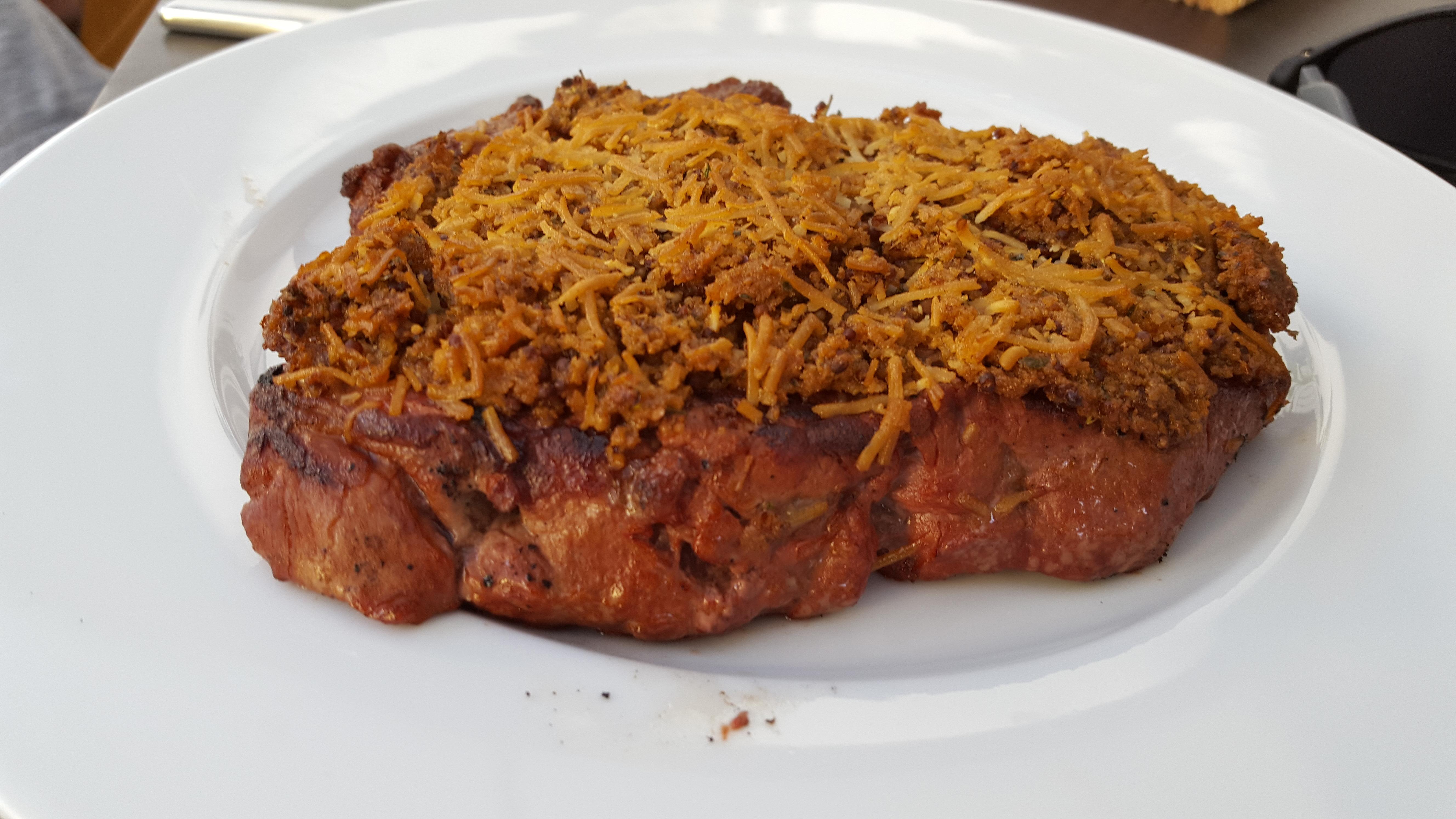 Roastbeef mit Thymian Parmesan Crust
