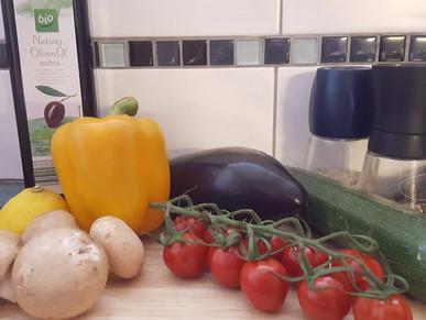 Bacon-Nester mit mediterranem Gemüse