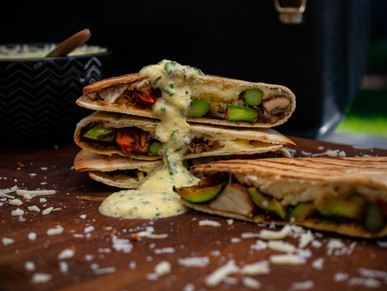 Quesadillas mit Grillgemüse und Mango-Dip