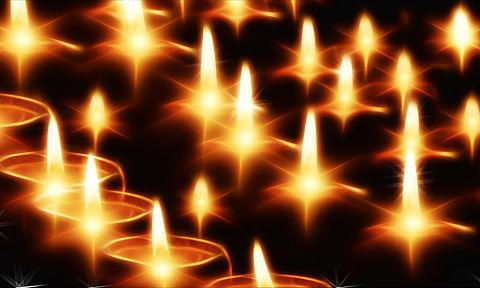 candles-141892_1920.jpg