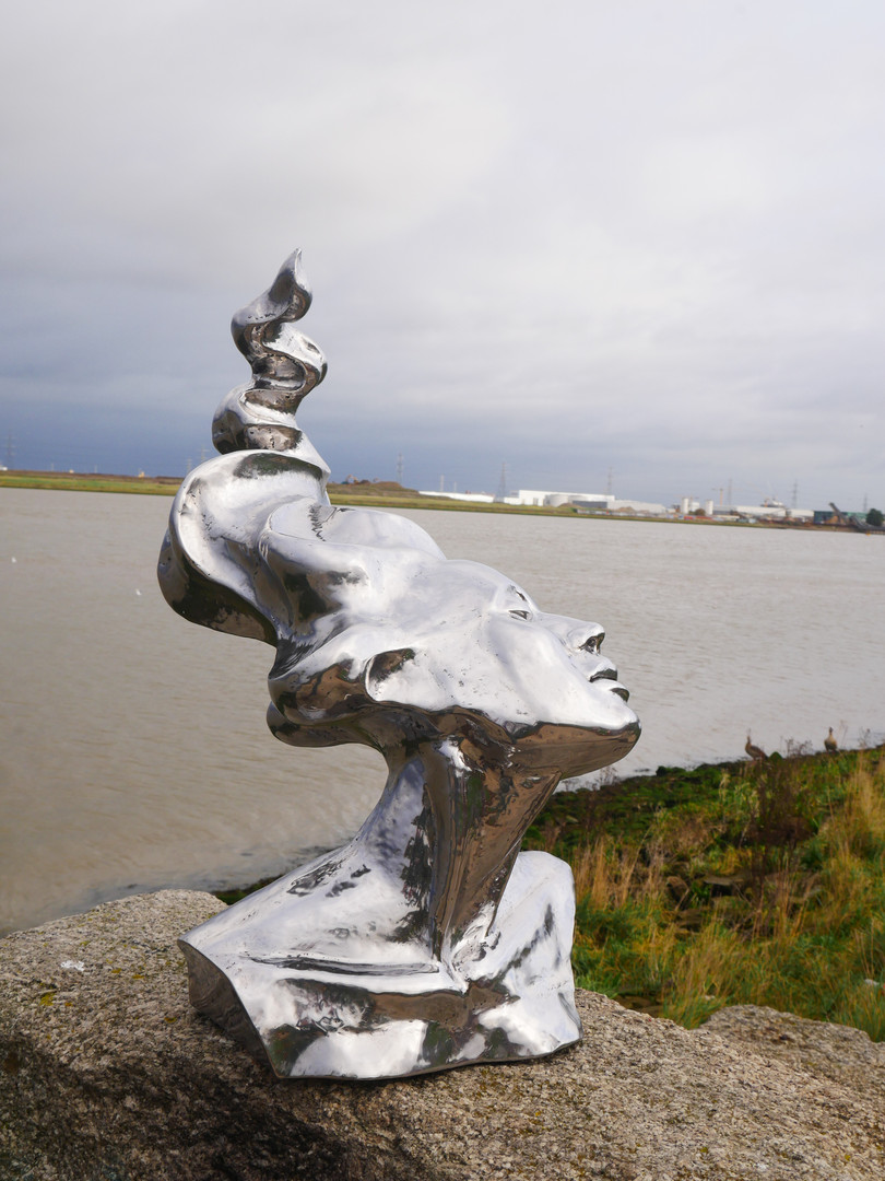 # stainless steel statue