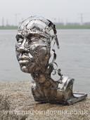 Stainless steel welded sculpture by Marcin Gornia