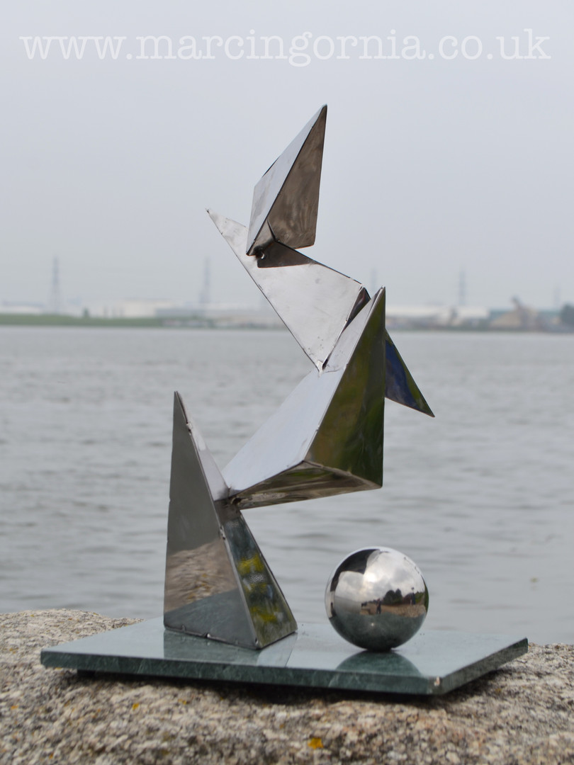 Stainless steel welded abstract sculpture by Marcin Gornia