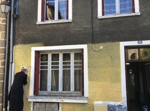 Début des travaux de la façade