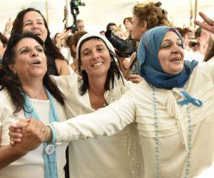 487592-la-marche-pour-la-paix-des-israeliennes-300x249-2